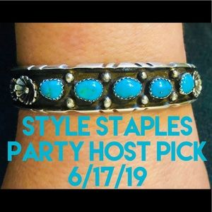 HP🎀 Vintage Navajo Turquoise Sterling Silver Cuff